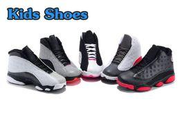 Venta en línea 2018 Cheap New 13 niños zapatos de baloncesto para niños niñas zapatillas de deporte niños bebé 13s zapatillas tamaño 11C-3Y desde fabricantes