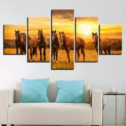 Gruppi di arte del gruppo online-Wall Art Poster HD Stampato su tela Modulare 5 pezzi Cavalli Gruppo Sunshine Paesaggi naturali dipinti Decor Living Room Pictures