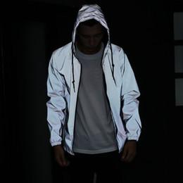 Capa de visibilidade on-line-Casaco de Hip-hop Casuais Jaqueta Moda Refletivo Jaqueta de Segurança Revestimento de Alta Visibilidade Prateada para Corrida De Jogging para Homens