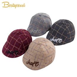 New Fashion Baby Hat per Ragazzi Plaid in cotone Baby Boy Cap Inghilterra Vintage Kids Beret Hat Infant Accessori 1 PC da