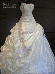 Hermosa una línea de cristal sin tirantes vestidos de novia volantes con cuentas de cristal hermosos vestidos de novia 2018 vestido de novia de la vendimia desde fabricantes