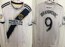 Thai Camisetas de futbol 2018 2019 LA Galaxy Zlatan Camisas de futebol XL  eua tamanho Maillot de Pé patch mls Ibrahimovic Los Angeles Camisas mls mls  ... 0c57cf10da554