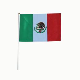 Drapeau du Mexique 14 * 21cm avec pôle blanc et pointe dorée, drapeaux polyester en gros de bonne qualité petits drapeaux nationaux 100PCS / LOT ? partir de fabricateur