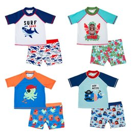 Купальник uv онлайн-1-2T Children Swimsuit Boy Two Piece Swimsuit For Baby Boy 2018 UV 50+ Beachwear Short Sleeve Toddler Kids