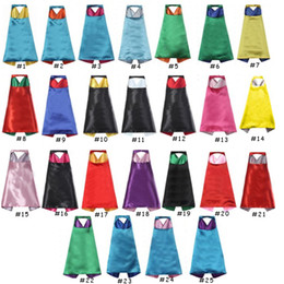 capes für kinderpartys Rabatt 2018 neue EINFACHE FARBE 70 * 70 cm 2 schicht satin Cosplay Superheld Capes kinder capes party cosplay hohe qualität