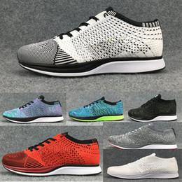 Zapatillas de correr ligeras online-Nike flyknit Racer del corredor de la mosca del envío libre para los hombres de las mujeres, zapatillas de deporte al aire libre atléticas respirables ligeras Eur 36-45