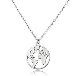 373b8aa619f4 2018 Nuevo Mapa del Mundo Collares pendientes Día de la Tierra Wanderlust  Joyería personalizada Collar de moda de metal al aire libre Regalo para  hombre de ...