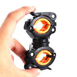 Canada 360 ° Rotation Réglable Vélo Avant Lampe Support De Lampe De Poche Porte-Lumière Fixer Pince Clip Haute Qualité Et Bon Usage cheap flashlight clamp mount Offre