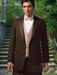 cioccolatini migliori Sconti Nuovo Best seller Blazer di cioccolato Notch Risvolto Smoking dello sposo Groomsmen Best Man Suit Uomo Abiti da sposa (Jacket + Pants + Vest + Tie) 285