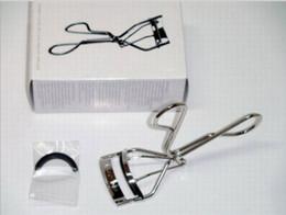 maquiagem de um olho Desconto Atacado Hot UEMURA SHU Eye Curler Ferramenta de Maquiagem com Um Recarga Livre de alta qualidade frete grátis