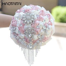 2019 beliebte hochzeitsstrauß blumen Hochzeitsstrauß Beliebte Pink Wine Red Diamond Braut mit Blumensträußen Blumen schmücken Perlen Diamond Silk Ribbon Rose günstig beliebte hochzeitsstrauß blumen