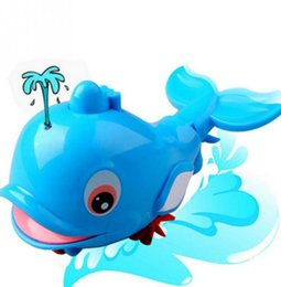 natation de petits jouets Promotion Bébé dauphin pulvérisation d'eau tirer ligne petit animal de bain jouet jouet classique jouets cadeau pour enfants nager jouet pulvérisation d'eau jouet de bain jouets KKA5563