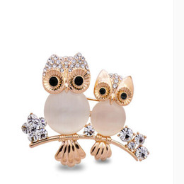 Wholesale Rhinestone Hats For Women - Hot Sale Gold Big Owl Animals Crystal Opal Brooches Pins Hat Scarf Broaches Pins Wedding Accessories for Women