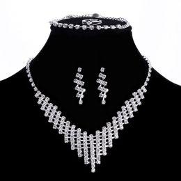 Brautschmuck Sets Jiayijiaduo Indien Braut Schmuck Sets Für Frauen Mode Faux Perle Halskette Ohrringe Set Gold-farbe Hochzeit Bekleidungs Zubehör
