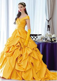 Wholesale usa models - Vintage Gold Quinceanera Dresses 2018 Pleats Ruffles A Line Sweet 15 Dress Long Prom Party Dresses Masquerade Debutante Gowns Sexy USA UK