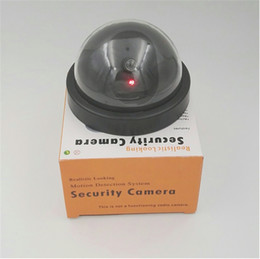 Luces de seguridad led intermitentes online-Dummy Cámara CCTV Flash Parpadeante LED Al aire libre Cámara falsa Seguridad Videovigilancia simulada Falsa Realista Cámara de seguridad con luz roja Mejor