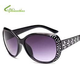 Wholesale Pink Rhinestone Sunglasses - Elegant Fashion Women Rhinestones Sunglasses Vintage Oval Glasses Famale Sun glasses Big Frame Metal Pattern High-end Sunglasses
