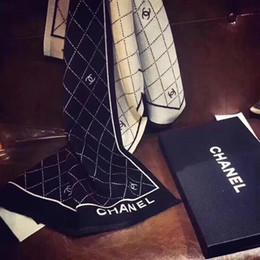 Canada Foulard de marque foulards de luxe femmes châle de haute qualité Pashmina mode foulard lettre imprimer cachemire tippet wrap 180 * 70CM Offre
