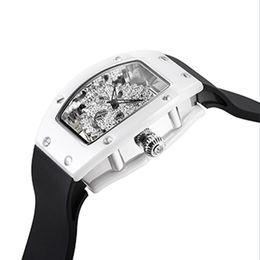 2019 relógios de mesa de cerâmica Relógio De Senhoras De Cerâmica Tipo De Barril De Vinho Relógio De Quartzo Das Mulheres Moda Oco Feminino Table Top Marca De Luxo Relógio De Silicone Cinto relógios de mesa de cerâmica barato