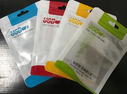 Universal 10.5 * 15 cm Cable USB Bolsa de embalaje Bolsa con cierre de cremallera para accesorios de teléfonos móviles Funda para auriculares Bolsa de embalaje al por menor Manijas 500 unids / lote desde fabricantes