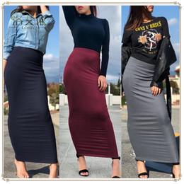 Vestidos longos no tornozelo on-line-2018 outono e inverno novo meia malha vestido listrado sexy tornozelo quadril comprimento saia mulheres muçulmanas saia