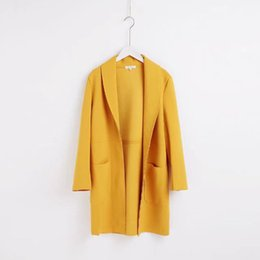 Wholesale Trench Femme - Big Pocket Yellow Women Trench Coat 2017 Autumn Winter New Fashion High Street Turn-down Collar Femme Cardigan Long Coats