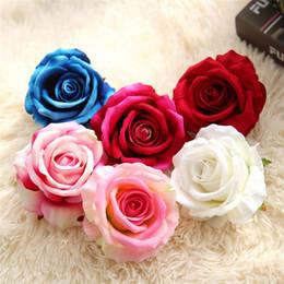 LIN MAN 30 unids   lote mini flores artificiales cabezas de rosas para la  decoración de la boda del partido falso Scrapbooking guirnalda floral  accesorios ... 42108d1d3676