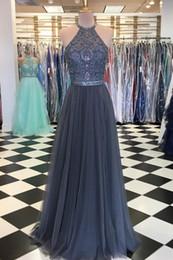 Vestidos de moda gris Vestidos de fiesta Vestidos largos formales Halter Sheer Cristal con cuentas Sin espalda de gasa de talla grande Vestido de fiesta desde fabricantes