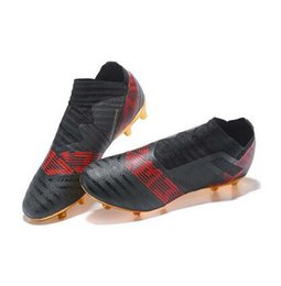 Wholesale Soccer Indoor Shoes Messi - 2018 High Quality Gold Black Nemeziz Messi 17.1 FG Soccer Shoes Mens Soccer Boots Nemeziz 17+ 360 Agility FG Soccer Cleats