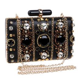 seitliche kupplungskettenbeutel Rabatt Frauen Handtaschen Perlen Kette Zubehör Metall Tageskupplungen Party Hochzeit Abendtaschen Eine Seite Diamanten Geldbörse