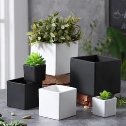 Vasi di pianta in ceramica bianca online-Vaso da fiori in ceramica resistente alla corrosione in vaso in pianta succulente quadrata per decorazioni per desktop da casa in ufficio Bianco nero 9 5xp3 BB