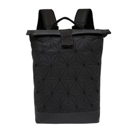 Canada Nouveau Style Motifs Géométriques Sacs À Dos Sport Packs Noir Pour Hommes Sac À Dos De Formation Sac De Voyage Sacs De Plein Air Packs supplier mens packs Offre