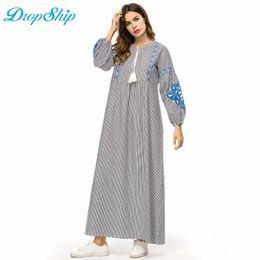 cb9ffc0d700 Dropship Rayures Broderie Femmes Robe Longue Taille Haute Une Ligne Maxi Robes  Vintage Ethnique Robe Brodée Automne Automne 2018