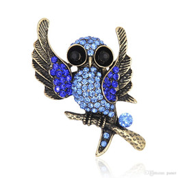 affb35dc7 Wholesale- Antique Metal Owl Brooch Pin Crystal Rhinestone Bird Animal  Garment Accessory Vintage Jewelry Gift 2016
