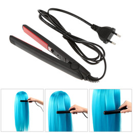 raddrizzatori per capelli neri Sconti New Professional Mini piastre per capelli Travel Ceramic Iron BLack Hair Straightener Hair Styling Tool con Fast Warm-up Thermal