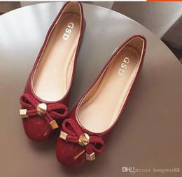 Япония и Южная Корея сладкий бантом нового фонда 2018 осень краска плоский круглый свет головы рот большие ярды женской обуви от Поставщики плоская обувь korea новый