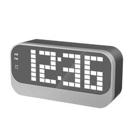 Canada Nouvelle horloge de miroir LED Horloge de bureau électronique Snooze Radio Nixie grande montre de table numérique Alarme de chevet décor à la maison supplier desk radios Offre