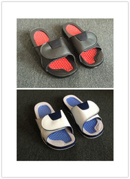 Wholesale sticker shower - Wholesale men 11 XI red Rubber Hydro Magic sticker Slippers high quality red white rubber summer huaraches Slipper with Box size 7-11