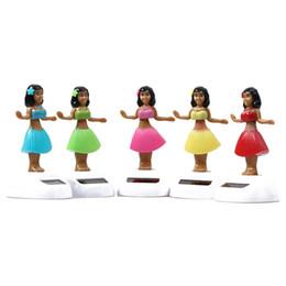Swing automatico online-SIRENXI New Solar Powered Dancing Hula Girl Oscillazione automatica Bobble Toy Novità Ragazze felici Giocattoli per bambini Regalo di Natale