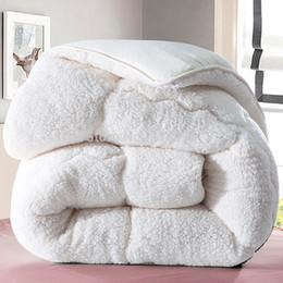 Wholesale Thick Winter Quilts - Wholesale- Quilt 150*200cm, 2.5kgs camoFleece quilt comforter winter doona edredon thick blanket duvet colcha comoforter bedspread