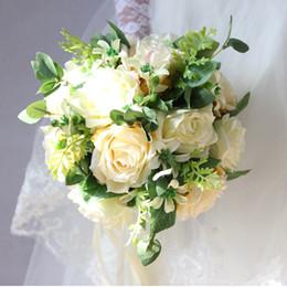 Шампанское Розы Невесты Букет Свадебные Цветы Букет Белый Искусственный Свадебный Брошь Шелковая Лента Свадебный Букет De Mariee Mariage 2018 от Поставщики шелковые ленты