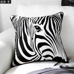 2019 copertine di cuscino di stampa zebra H3102 Classic Creativo Nero Bianco Zebra Stampa Cuscino In Cotone Gettare Pillow Case Sedile Cuscino Auto Copertura Pad Home Decor Regalo copertine di cuscino di stampa zebra economici