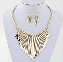Wholesale Trendy Jewerly - Wholesale Free Shipping Luxury Gold Sliver Bridal Jewerly Wedding Accessories Alloy Women Necklace With Earrings In Stock