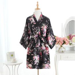 2019 vestidos florais da dama de honra 2018 Novas Mulheres de Cetim Curto Camisola Sakura Floral Kimono Robe Roupão De Banho Floral Pijama de Casamento Da Dama De Honra Vestido Sexy Vestido desconto vestidos florais da dama de honra