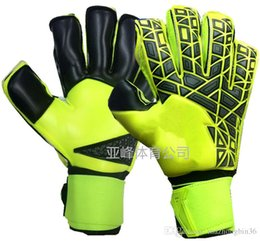 Wholesale soccer mittens - A+++Quality Brand AD Logo Professional Soccer Goal Keeper Gloves Finger Ptotection Top Latex Goalie Gloves for Men 5MM Latex.