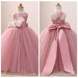 vestido de tutu de niñas lindas Rebajas Blusher Pink 2019 Cute Flower Girls vestido para Little Tutu vestido de bola personalizado con Sash Toddler Pageant vestidos de calidad personalizada comunión desgaste