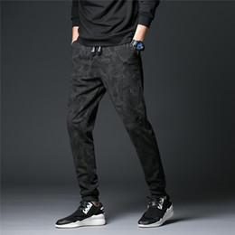 vestuário estilos coreia homens Desconto Homens Calças Esportivas Plus Size Moda Outono Coréia Estilos Masculinos Calças Casuais de Algodão Solto Macio Roupas