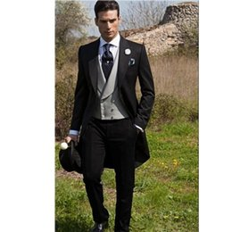 Smoking smoking marié en Ligne-Matin Style Noir Homme Tailcoat Tuxedos Peak Lapel Groomsmen Tuxedos Costumes De Mariage Hommes (Veste + Pantalon + Gilet)