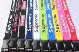 Застежки для ключей онлайн-Новый лот 2018 популярные superme синий красный желтый черный шейный ремешок для сотового телефона брелок ремни цвета Застежка Fit Key chain ID card 10 шт.