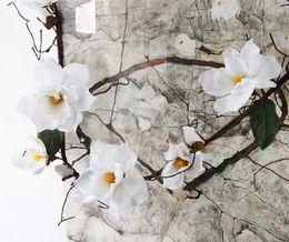 Blumen arrangieren online-Künstliche Magnolia Silk Gefälschte Blume Zweig Fleur Artificielle Flores Arrangieren Tabelle Hochzeit Wohnkultur Party Zubehör Df615